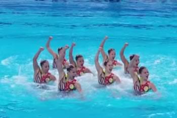 2015年 世界水泳 ロシア・カザン大会<br>チームTR「弥栄日本」